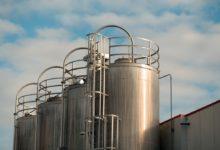 Mere end 6 milliarder liter vin gemmer der sig per 15. februar 2019 i kældrene hos de italienske vinproducente